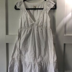 Aritzia Talula white Dress flutter sleeve v-neck